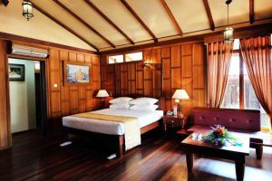 Hotel-Pyin-Oo-Lwin-Myanmar-Room.jpg