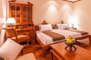 Hotel-Red-Canal-Mandalay-Myanmar-Shan-Room.jpg