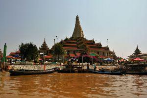 Hpaung-Daw-U-Pagoda-Shan-State-Myanmar-004.jpg