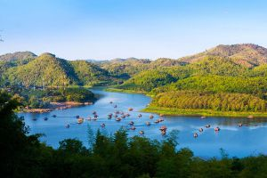 Huai-Krathing-Reservoir-Loei-Thailand-01.jpg