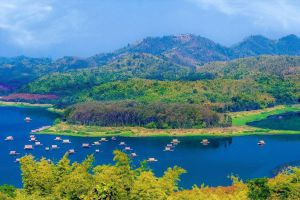Huai-Krathing-Reservoir-Loei-Thailand-03.jpg