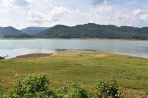 Huai-Nam-Sai-Reservoir-Phatthalung-Thailand-01.jpg