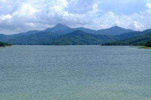 Huai-Nam-Sai-Reservoir-Phatthalung-Thailand-04.jpg