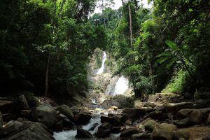 Huay-Toh-Waterfall-Krabi-Thailand-04.jpg