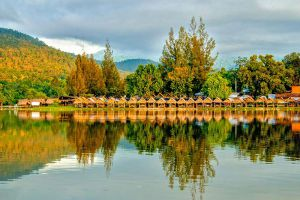 Huay-Tung-Thao-Lake-Chiang-Mai-Thailand-001.jpg