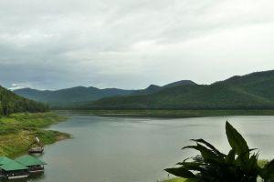 Huay-Tung-Thao-Lake-Chiang-Mai-Thailand-003.jpg