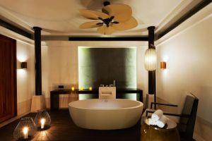 Hyatt-Regency-Hotel-Hua-Hin-Thailand-Bathroom.jpg