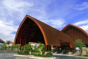 INAYA-Putri-Resort-Bali-Indonesia-Entrance.jpg