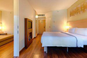 Ibis-Bophut-Hotel-Samui-Thailand-Room.jpg