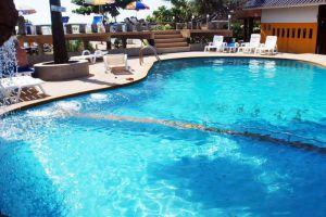 Il-Mare-Beach-Resort-Lanta-Thailand-Pool.jpg