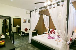 Image-d'Angkor-Boutique-Hotel-Siem-Reap-Cambodia-Room-Honeymoon.jpg