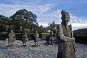 Imperial-City-Hue-Vietnam-002.jpg