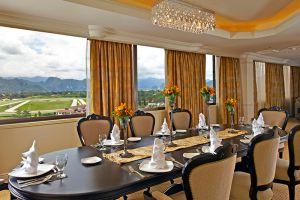 Impiana-Hotel-Ipoh-Perak-Malaysia-Dining-Room.jpg