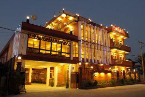 Inle-Apex-Hotel-Taunggyi-Myanmar-Exterior.jpg