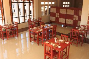 Inle-Apex-Hotel-Taunggyi-Myanmar-Restaurant.jpg