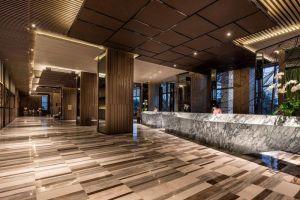 InterContinental-Hotel-Nha-Trang-Vietnam-Lobby.jpg