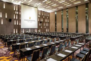 InterContinental-Hotel-Nha-Trang-Vietnam-Meeting-Room.jpg