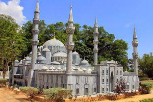 Islamic-Civilization-Park-Terengganu-Malaysia-004.jpg