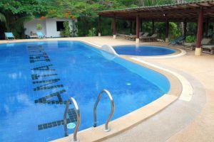 Island-Resort-Koh-Lanta-Thailand-Pool.jpg