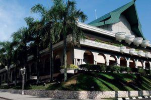Istana-Alam-Shah-Selangor-Malaysia-003.jpg