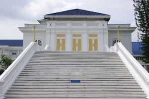 Istana-Besar-Johor-Bahru-Malaysia-003.jpg