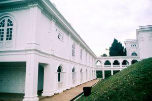 Istana-Besar-Johor-Bahru-Malaysia-004.jpg