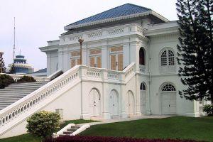 Istana-Besar-Johor-Bahru-Malaysia-005.jpg