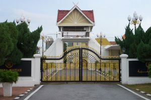 Istana-Maziah-Terengganu-Malaysia-003.jpg