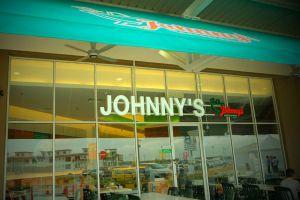 Johnny-Restaurant-Dataran-Pahlawan-Malacca-Malaysia-01.jpg