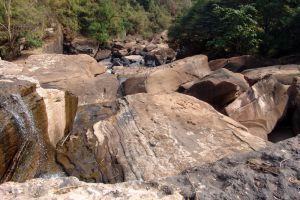 Kaeng-Sopha-Waterfall-Phitsanulok-Thailand-001.jpg