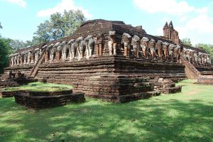 Kamphaeng-Phet-Historical-Park-Thailand-003.jpg