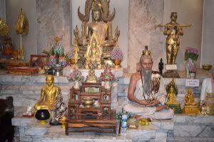 Kanchana-Pisek-Grand-Pagoda-Petchaboon-Thailand-03.jpg