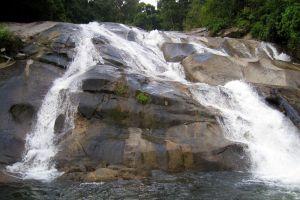 Karom-Waterfall-Nakhon-Si-Thammarat-Thailand-005.jpg