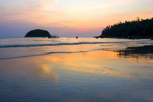 Kata-Beach-Phuket-Thailand-03.jpg