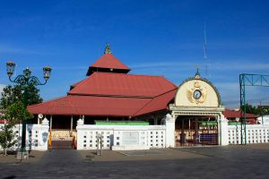 Kauman-Great-Mosque-Yogyakarta-Indonesia-002.jpg