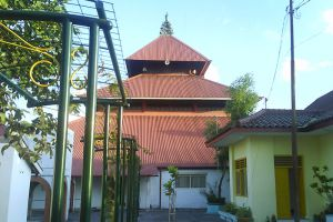 Kauman-Great-Mosque-Yogyakarta-Indonesia-003.jpg