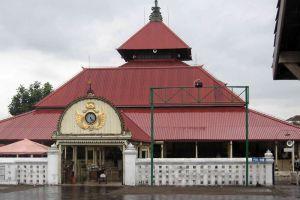Kauman-Great-Mosque-Yogyakarta-Indonesia-005.jpg
