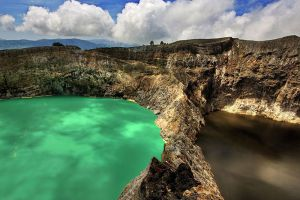 Kelimutu-National-Park-East-Nusa-Tenggara-Indonesia-001.jpg