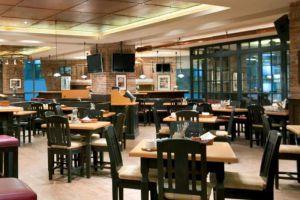 Kempinski-Hotel-Jakarta-Indonesia-Restaurant.jpg