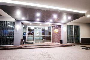 Keoja-Hotel-Kuala-Belait-Brunei-Entrance.jpg