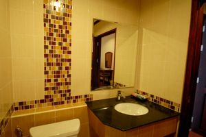 Keomixay-Hotel-Vientiane-Laos-Bathroom.jpg