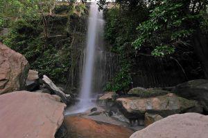 Kham-Nam-Sang-Waterfall-Sakon-Nakhon-Thailand-02.jpg