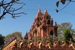 Khao-Angkhan-Temple-Buriram-Thailand-001.jpg