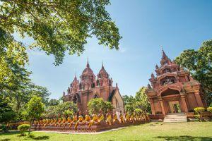 Khao-Angkhan-Temple-Buriram-Thailand-005.jpg