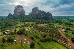 Khao-Chakan-Sakaew-Thailand-01.jpg