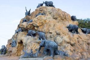 Khao-Chang-Hai-Cave-Trang-Thailand-03.jpg