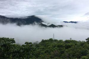 Khao-Kho-National-Park-Petchaboon-Thailand-03.jpg