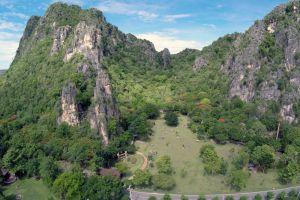 Khao-Nang-Phanthurat-Forest-Park-Cha-Am-Thailand-005.jpg