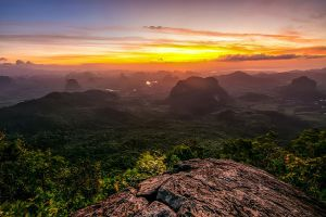 Khao-Ngon-Nak-Viewpoint-Dragon-Crest-Mountain-Krabi-Thailand-001.jpg