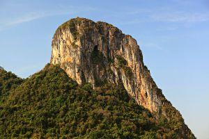Khao-Ok-Thalu-Phatthalung-Thailand-01.jpg